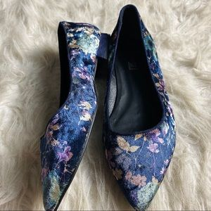 Anthropologie Elysess Flats in Blue Motif 37